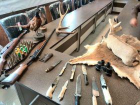 کشف وضبط تروفه جانوران وحشی در شهرستان ازنا
