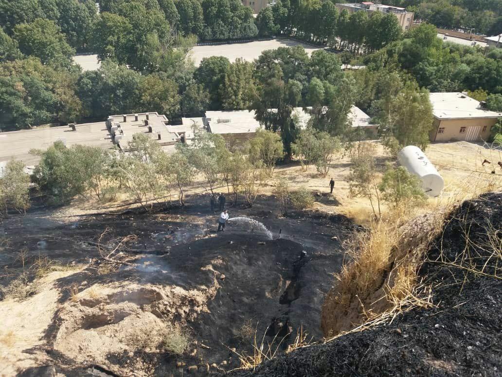 دوباره حریم قلعه فلکالافلاک آتش گرفت/ صیانت از بناهای ارزشمند تاریخی لرستان از رسالتهای کاری میراث فرهنگی استان است