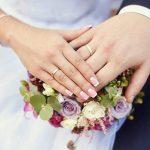 عروس رفته گل بچینه!